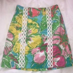 Lilly Pulitzer Floral skirt with knitted design